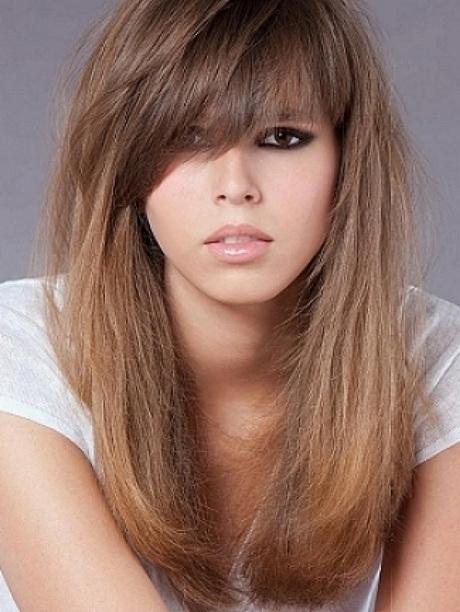 Объёмные причёски на длинные волосы с челкой
