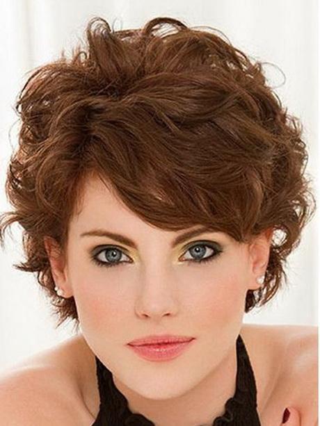 Женская стрижка для волнистых волос женские