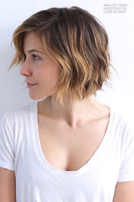 7 Best Hairstyles For Spring : Delightful wavy curly bob hairstyles for styles weekly