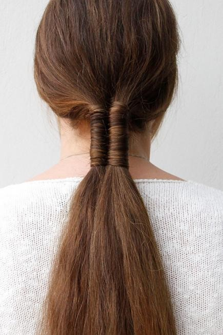 Innovative Wavy Hairstyle For Super Long Ombre Hair