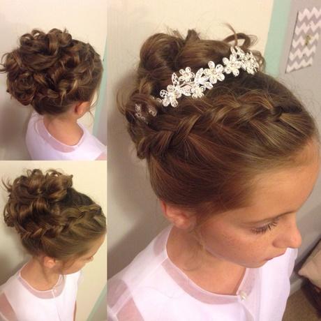 Wedding Hairstyles For Teenage Bridesmaids