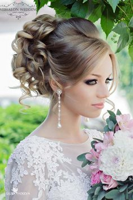 21 stunning summer wedding hairstyles see more     weddingforward