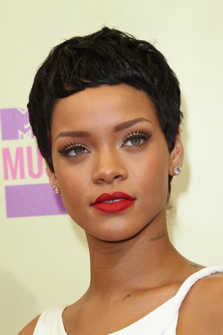Rihanna hairstyles photos of rihanna s best hair moments