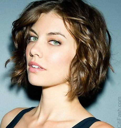 short curly hairstyles for women 2016