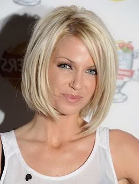Trendy medium length haircuts for 2016