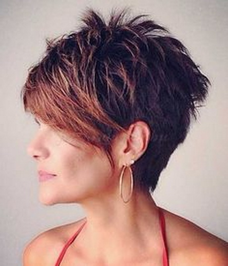 Beautiful Delaney Kelly I Think Some Trending Hairstyles For Women Are The Dyed Gray Hair, Which Is Almost An Ending Trend Ive Seen A Lot Of Short Bangs Lately On Women Its A Mix Of Hipster And Artsy Ive Noticed A Lot Of Women Embracing Their