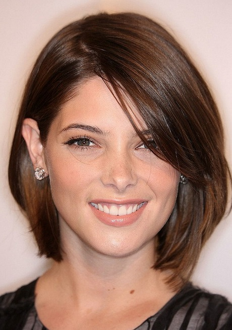 Short Haircut For Straight Hair Round Face