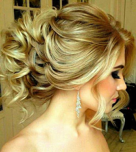 Prom Hair : Best Prom Hair for Long Hair
