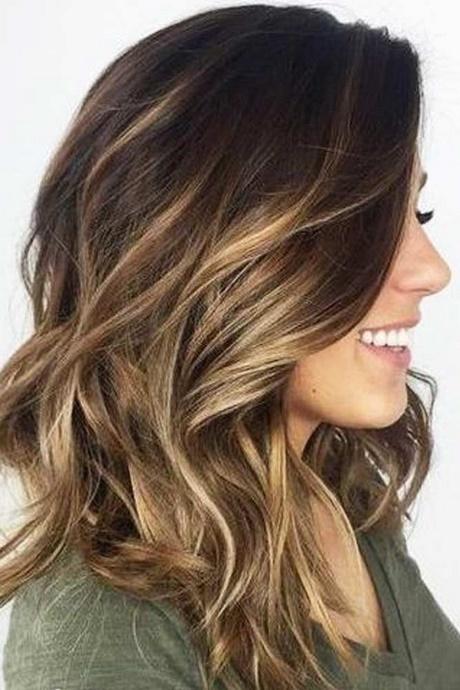Easy hairstyle tutorials for medium hair | Foto Video