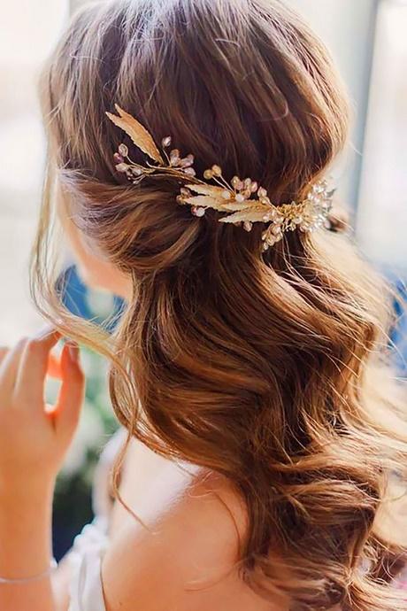 Normal Hairstyles For Medium Length Hair