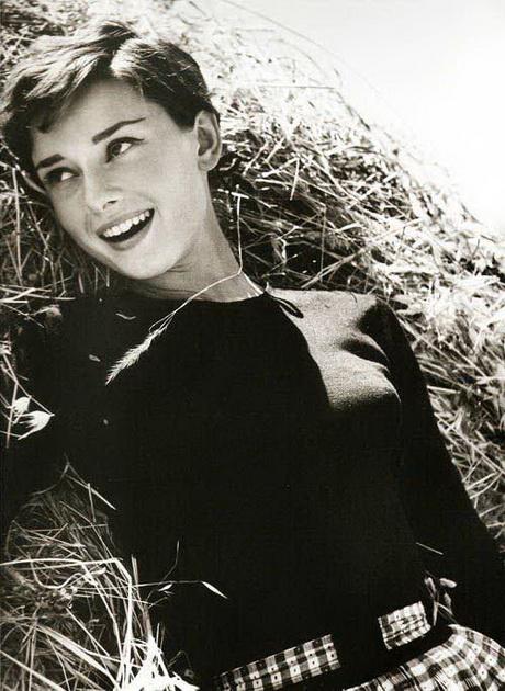 Audrey hepburn short hair pixie pixie cut - Audrey Hepburn Pixie Haircut
