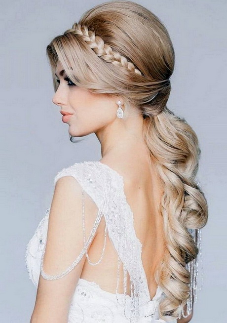 Hair Designs For Wedding Guests