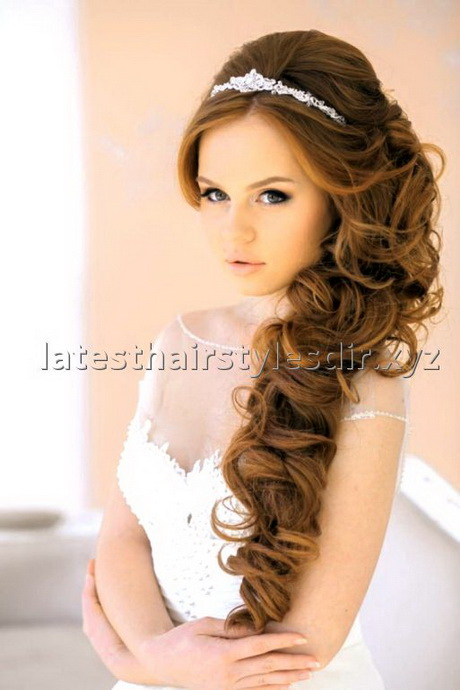 Nice Hairstyles For A Wedding Guest : Guest hairstyles for every kind of wedding