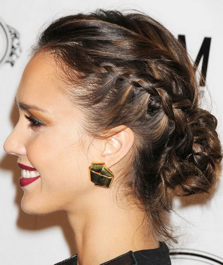 Long Churidar For Wedding As Guest With Hair Style: Wedding Guest Long Hairstyles