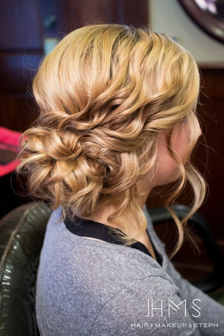 35 Wedding Hairstyles Discover Next Year S Top Trends For: Wedding Hair Due