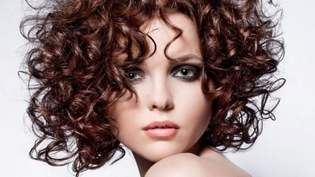 Cute Short Curly Hairstyles 2018