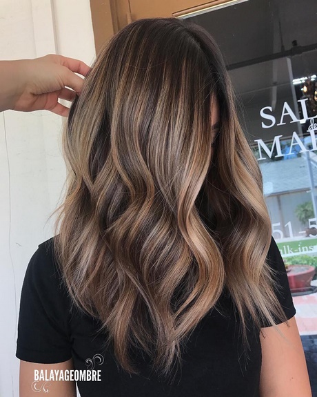 Medium Length Layered Haircuts 2018