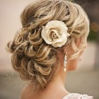 Beach wedding hair