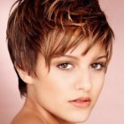 Best hairstyles for short hair for women