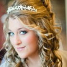 Bridal curly hairstyles