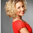 Curly hairstyles for long faces