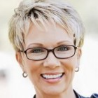 Cute haircuts for women over 50