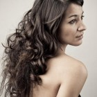 Cute hairstyles for long wavy hair