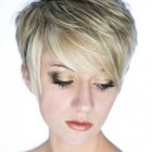 Hairstyles layered short