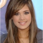 Long haircuts with layers and side bangs