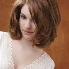 Medium to short hairstyles for women