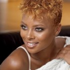 Natural hairstyles for short curly hair