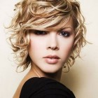 Pixie haircuts for wavy hair