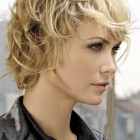 Shaggy short haircuts for women