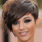 Short brown hairstyles for women