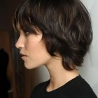 Short dark hairstyles for women