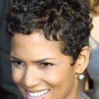Short hair for curly hair women