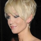 Short haircuts for women 30
