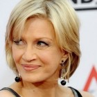Short hairstyles for over 50 women