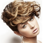 Short wavy hairstyles women