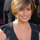 Stylish short haircuts for women over 40