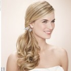 Wedding hair side ponytail