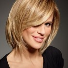 Women medium haircut