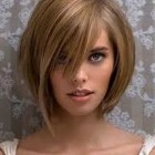 4 hairstyles that make you look young