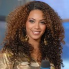 6 hairstyles for curly hair