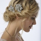 Hairstyles to wear to a wedding