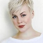 Short hairstyles 2019 trends