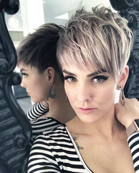 Stylish haircuts for women 2019