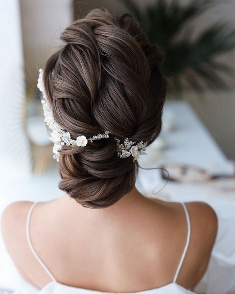 Hairstyle for wedding 2021