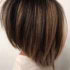 Short to medium hairstyles for 2021