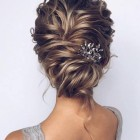 Hairstyles for mid length hair 2019